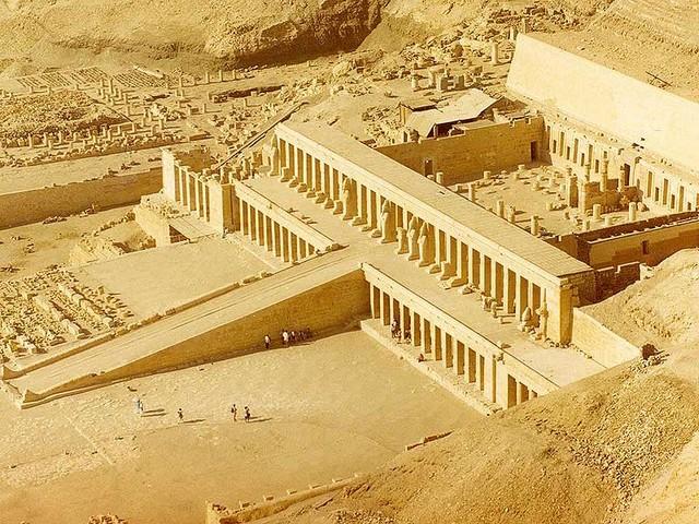 Храм Хатшепсут в Луксоре Чудеса света храм хатшепсут