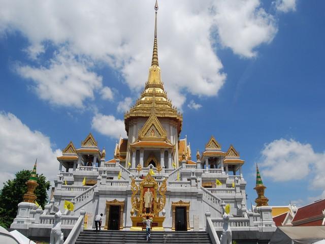 Храм будды стоимость путевки в тайланд паттайя пху вью талей
